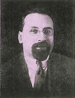 http://www.globalarmenianheritage-adic.fr/0hh/6russia1917photos/01d_karakhan_levon.jpg