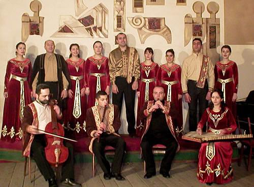 http://www.globalarmenianheritage-adic.fr/images_5/musique/7_oshakan4.jpg