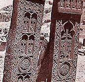 http://www.globalarmenianheritage-adic.fr/images_b/khatchkars2.JPG